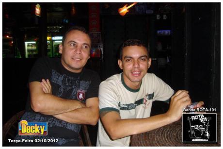 Luciano (esq) e Raufy (dir), amigos músicos.